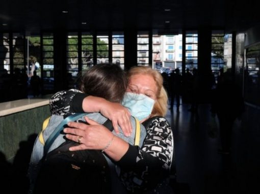 Coronavirus: Italy's Conte offers hope as travel restrictions end