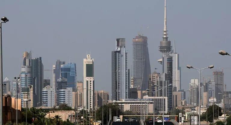 أعداد كبيرة من الوافدين تغادر دول الخليج وهذه الدولة في الصدارة