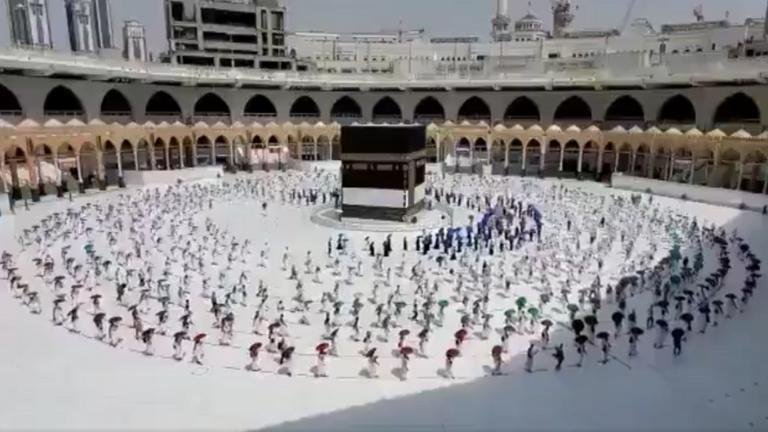 التطعيم ضد كورونا شرط رئيسي للمشاركة في موسم الحج..