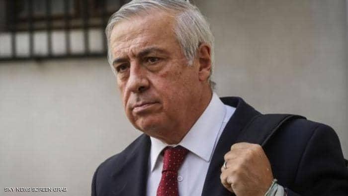 """وزير صحة يستقيل بعد """"أسوأ يوم"""" لكورونا"""