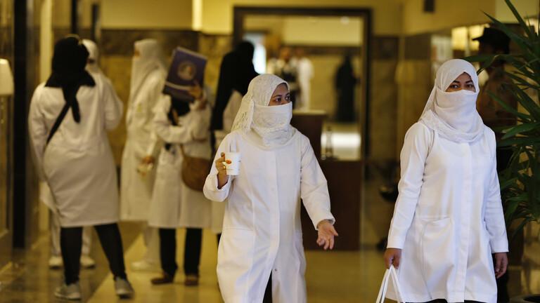 السعودية تعلن وصول أول دفعة من لقاح كورونا